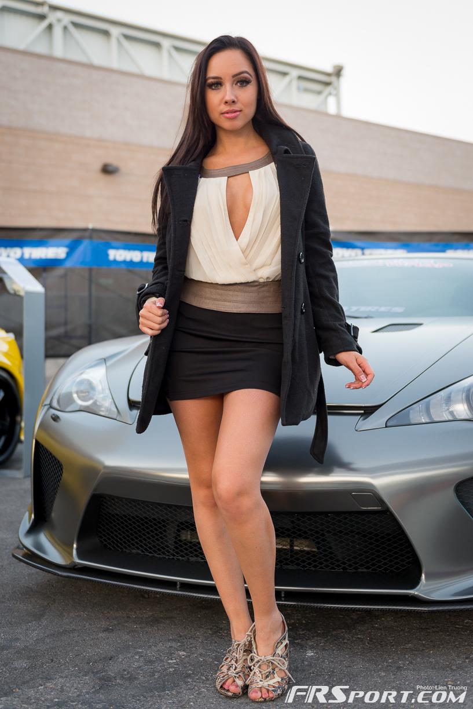 2013-sema-models-088