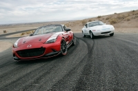 Mazda Global MX-5 Cup racecar-024