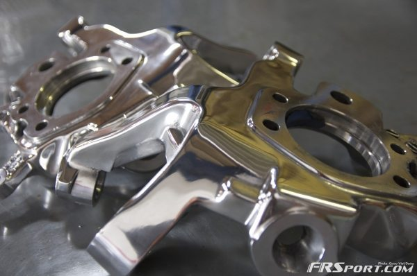Polished rear z32 knuckles - thanks for the hookup Robb!