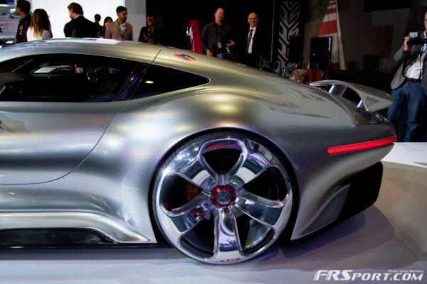 Mercedes-Benz AMG Vision Gran Turismo-011