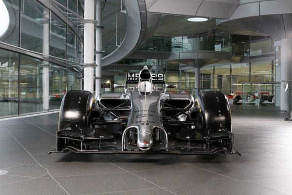 2014 McLaren F1 Car-001