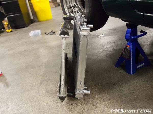 Miata Radiator - Hoses Install_011