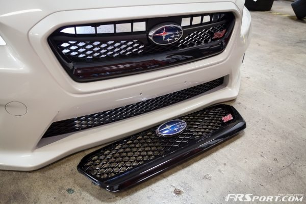 2015 Subaru STI Front Grille Install & Removal-001