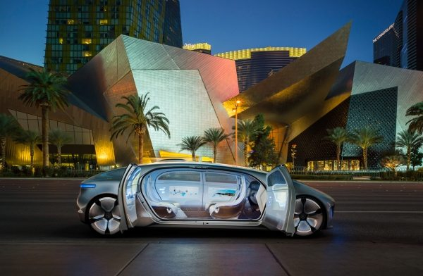 Mercedes-Benz F 015 Luxury in Motion-007
