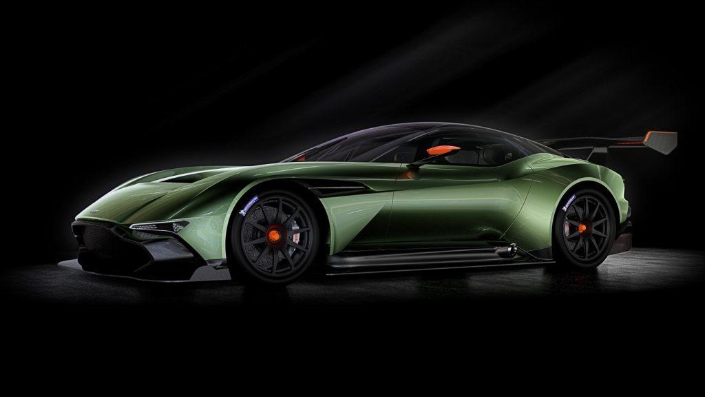Aston Martin Vulcan-10